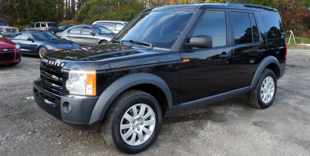 Certified automotive technicians are always on hand for all your Range Rover and Land Rover repairs.